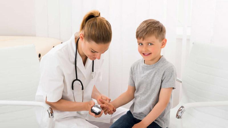 کلینیک شبانه روزی فولادشهر | دیابت نوع 1 در کودکان