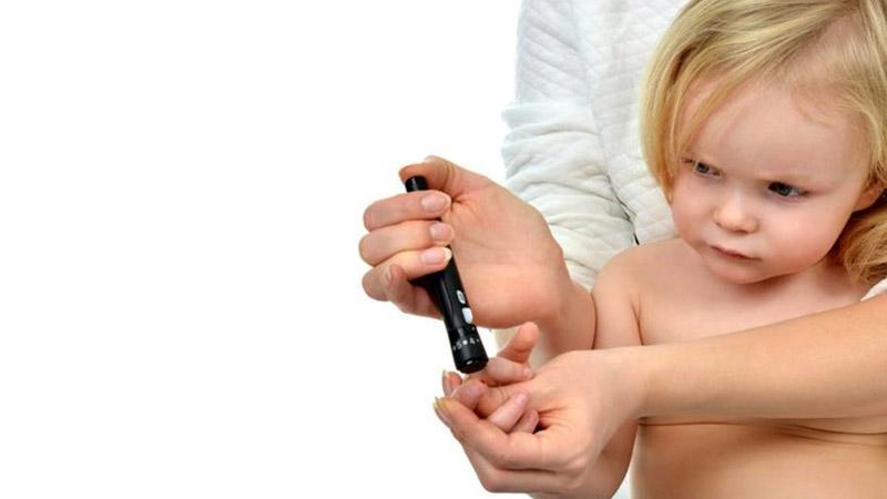 کلینیک شبانه روزی فولادشهر | عوارض دیابت نوع 1 در کودکان