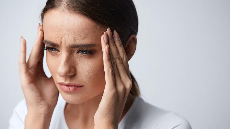بررسی انواع سردرد | کلینیک شبانه روزی فولادشهر